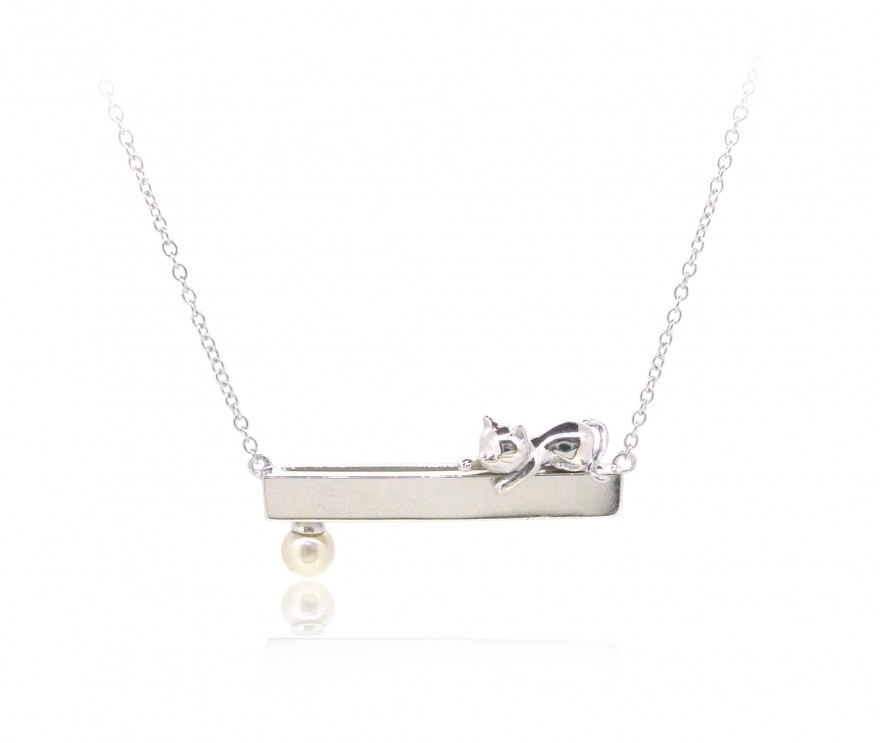 HK239~ Cat Shaped Silver Necklace With Natural Pearl
