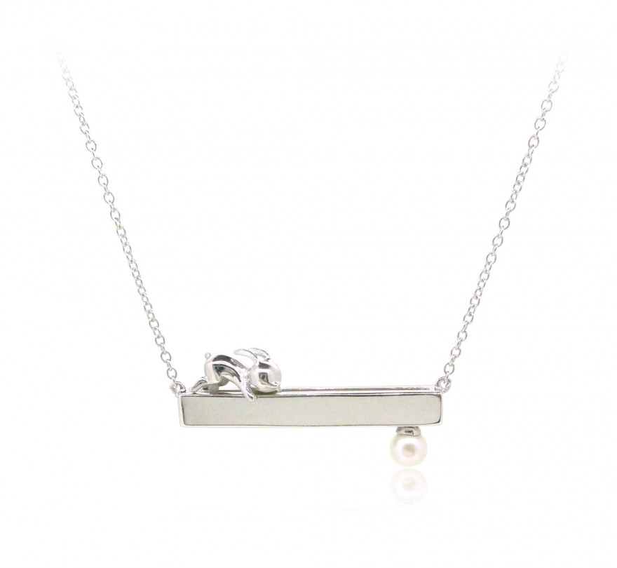 HK237~ Rabbit Shaped Silver Necklace With Natural Pearl