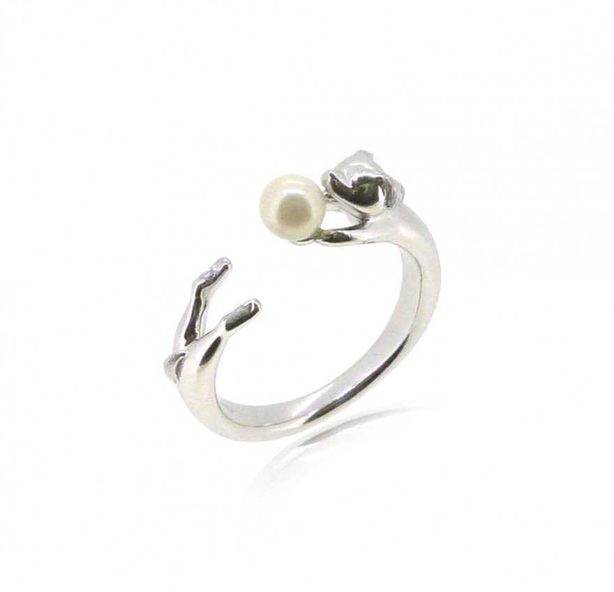 HK186~ Dog Shaped Silver Ring With Natural Pearl