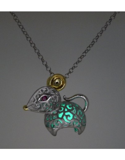 "HK084~ 925 Silver Rat Shaped Lantern Pendant with 18"" Silver Necklace"