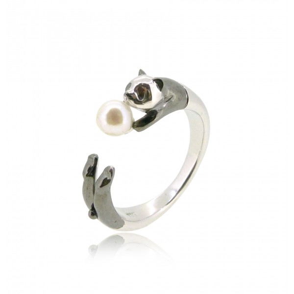 HK183~ Panda Shaped Silver Ring With Akoya Pearl