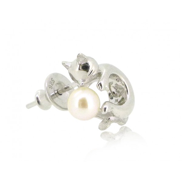 HK192~ Cat Shaped Silver Earring With Akoya Pearl